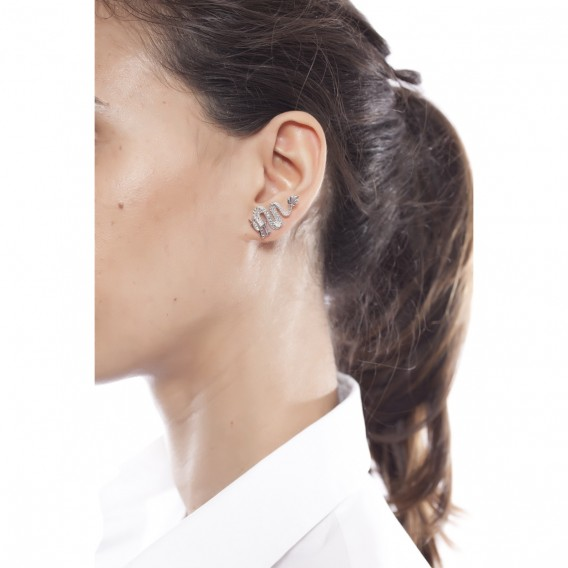 Boucles d'oreilles en argent massif rhodié et topazes bleues Dragon